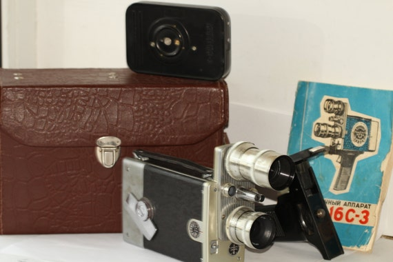 KIEV 16C-3 16mm movie camera USSR - Industar 50mm & Ro 20mm lenses N140