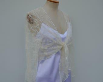 Clearance 30% Bolero ivory lace, Bridal lace, ivory bolero cover-up