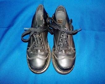 Dr. Marten's Black Men's Oxford Shoe, #8651,  Size 7, D Width