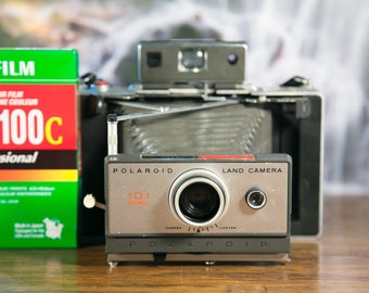 Polaroid Land Camera Automatic 101 - Film Tested with Fresh Battery! #P141?