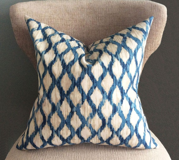 blue pillow cover cushion covers ikat pillow throw pillow. Black Bedroom Furniture Sets. Home Design Ideas