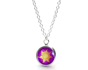 Disney Tangled Rapunzel Flower Small Pendant Silver Plated Chain Necklace.