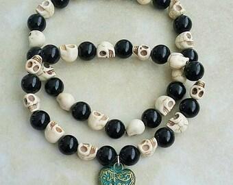 His & Hers Black Onyx White Turquoise Skull Beads Patina Heart Charm Bracelet Elastic