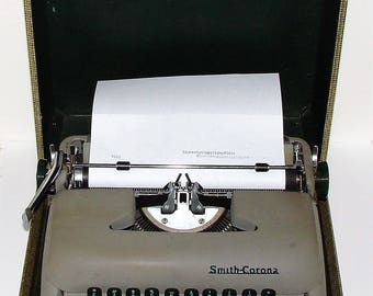 Smith Corona Clipper Typewriter Portable Everything Works As It Should
