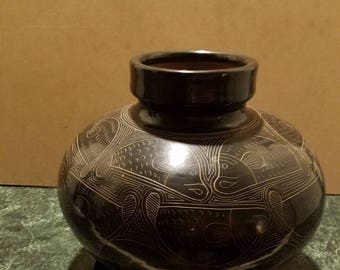 Pottery handmade by, Nicoya Fancisco. Calero Chno,Nichragua