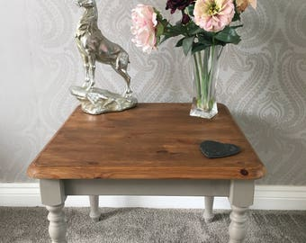 Rustic Country Pine Coffee / End Table Grey