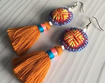 Earthy tones tassel earrings, boho tassel earrings, long tassel earrings, boho tassel earrings, colorful long earrings, brown tassel earring
