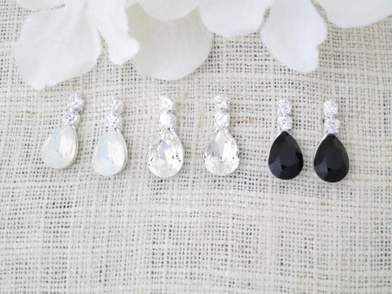 Wedding earring, Swarovski crystal teardrop post bridal earring, Petite rhinestone earring, Simple bridesmaid earring