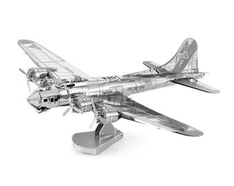 Fascinations MetalEarth - B-17 Flying Fortress Model kit