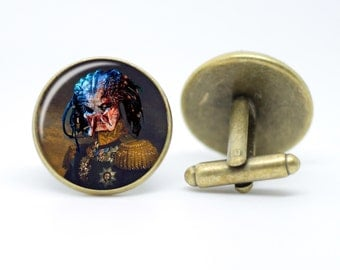 Predator Sci-Fi Alien Horror Cufflinks Military Dapper Chaps Vintage Inspired Men's Bronze or Silver 20mm Monster Cufflinks Gifts For Him