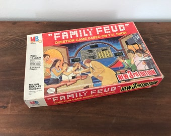 Vintage 1980's Family Feud Board Game