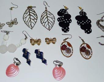Nice lot of 12  vintage pairs of  pierced earrings - for all occasions -Lot de 12 paires de   boucles d'oreilles .