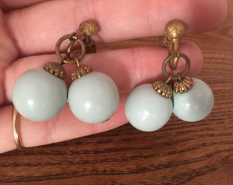 Vintage Robins Egg Blue Wood Beaded Earrings 0989