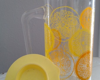 Pyrex Lemonade pitcher, carafe decorated with Citrus Yellow Lemons & Orange-Orange Slices -Original Plastic Lid - Vintage