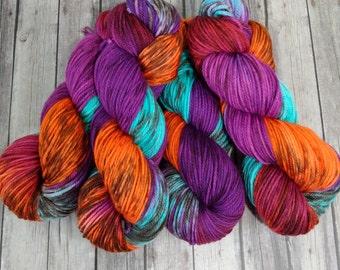 Merino Worsted Superwash , Hand Dyed Yarn 200 yd, Knitting Yarn
