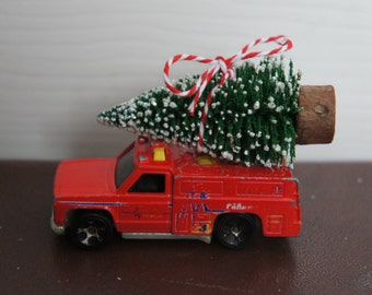 Altered Vintage Red Hotweels Rescue Network Rescue Vehicle With Christmas Tree Ornament Decoration For Men Boy Gift