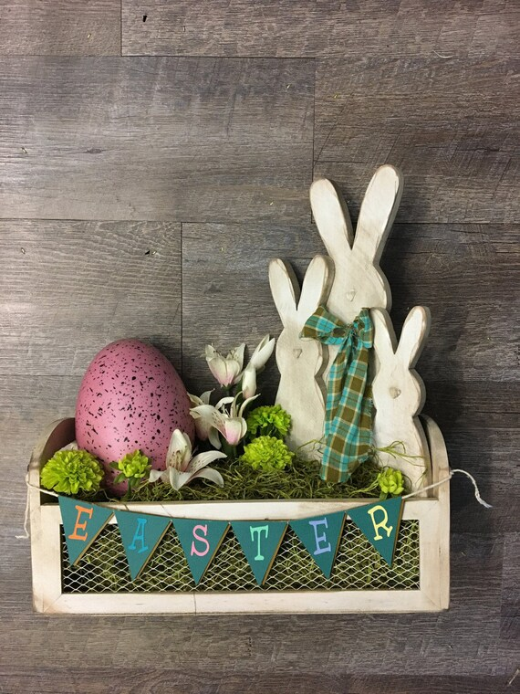 Easter Spring Wire Wooden Craft with Wooden Bunnies