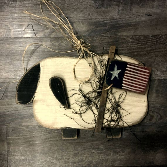 Primitive Sheep with Flag Hanging Decor
