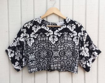 Vintage Crop Top // Cropped Blouse // 90's Blouse