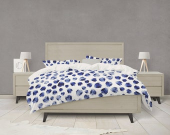 Indigo animal spot pattern duvet cover