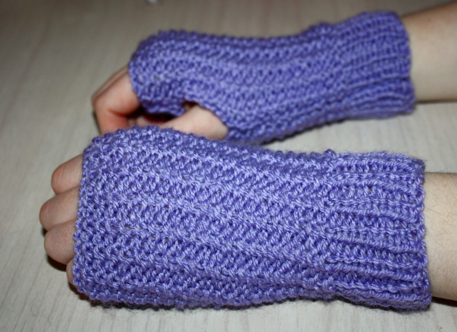 Instant download pdf knitting pattern easy beginner fingerless instant download pdf knitting pattern easy beginner fingerless gloves on straight needles ladies wrist warmers mittens knit pattern bankloansurffo Image collections