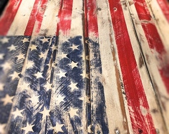 Rustic Pallet Flag. Distressed American Flag. Pallet Flag. Rustic American Flag. Home Decor. Rustic. Fixer Upper pallet flag
