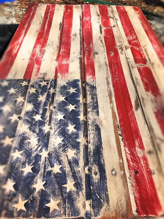 Rustic Pallet Flag. Distressed American Flag. Pallet Flag. Rustic American Flag. Home Decor. Rustic. Fixer Upper pallet flag