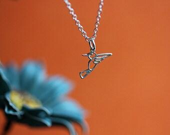 Humming Bird Silver, Dainty Humming bird Necklace, Sterling Silver Humming bird, Bird Jewelry, Bird Necklace, Minimalist Jewelry