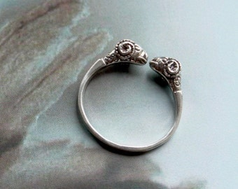 Roman Aries ring / silver ring / Legionnaire ring adjustable ring rams head aries sheep roman ancient Rome antique male silver aries ring