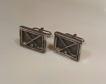 Vintage Swank cufflinks with golf clubs