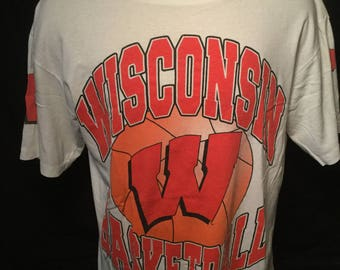 Vintage 1990's Wisconsin Badgers Basketball Apex T-Shirt