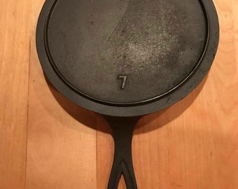 Vintage Unknown Skillet Griddle