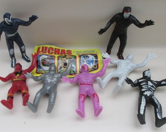 Packet of 12 Plastic Mexican Lucha Libre Luchador Figures