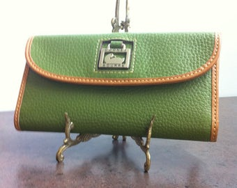 Vintage Womens Wallet - Green Faux Leather - Clutch Purse - Gift for Her