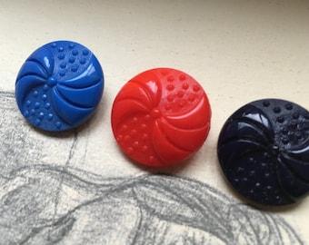 6 vintage collectors / glass buttons - loop motif - 3 colors available