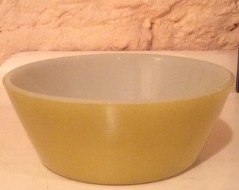 Fedral Lime Green/Avacado Cereal Bowl