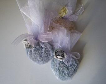 10 soap favors,heart soap favor, baby shower favors,wedding favors,bridal shower favors,engagemet favors,