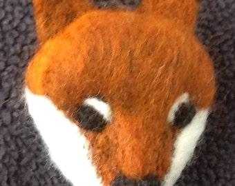 Needle Felted Brooch Fox, Handmade Needle Felted fox, Handmade Brooch,  woodland animal,  needle felt fox, felt art