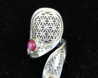 Sterling Silver Sacred Geometry Flower Of Life W/Rubies 13 Pointed Lightning Bolt Hand Made Wrap Styled Sizable Ring Size 6 and Up