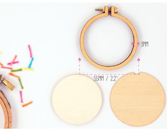 "Dandelyne: 2.2"" (5.5 cm) Wooden Embroidery Hoop Kit"