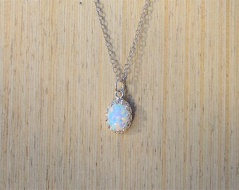 Silver Opal Necklace, Sterling Silver Necklace, Silver Opal Necklace, Delicate Opal Necklace, Layering Necklace, Delicate Necklace