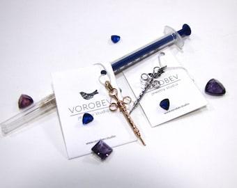 Syringe Pendant-Syringe Charm-Syringe Necklace-Nurse Gift-Doctor Gift-Medical Jewellery-Nurse Finds-Medical Finds