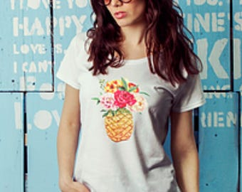Womens tee, pineapple