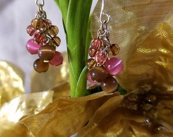 Pink and earth tones beaded earrings