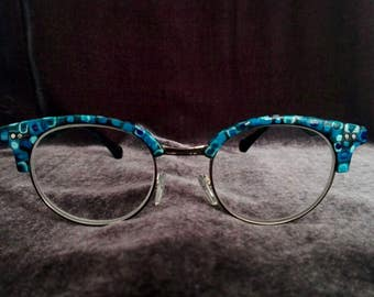 Blue multicolor glasses