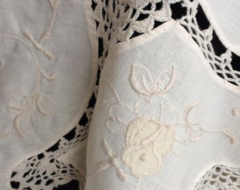 Oval Tablecloth. Large Applique Embroidered Ivory/Ecru/Pale Yellow Linen Tablecloth with Crochet Lace Detail RBT1800