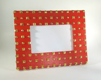 Red Picture Frame - Studded Picture Frame - 6x4 Picture Frame - Wood Picture Frame - Photo Frame 6x4