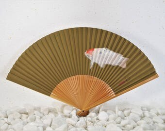 SENSU(扇子)          Trendy fashion accessories. Sensu is a portable cooling device. Maybe your favorite one!