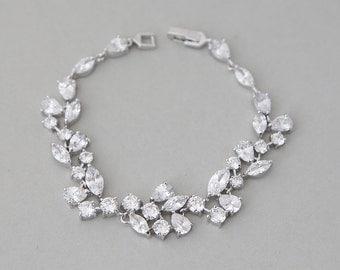 Wedding bracelet, Bridal bracelet, Crystal Wedding bracelet,  Cubic Zirconia Bracelet, Elegant Wedding Jewelry, Ref CARMEN