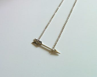 Free shipping. Arrow. Necklace.